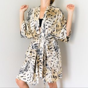 100% Silk Leopard Cat Animal Print Robe